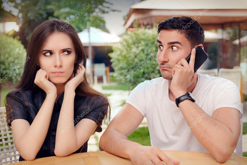 Must Read For Ladies:  10 Signs To Know The Difference Between A Fake And A Real Guy