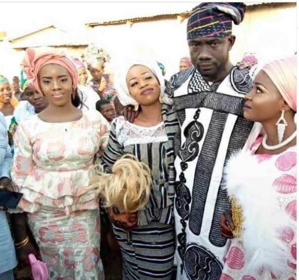 Wedding Photos Of Ghanaian Man Who Married Three Wives Same Day