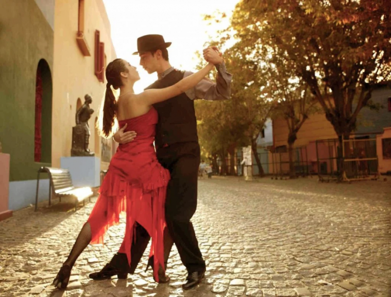 10 Most Romantic Nations In The World